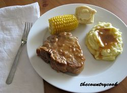 Pork Chops and Gravy (resized) (thecountrycook)