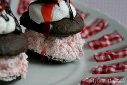Black-Forest-Whoopie-Pies.close_