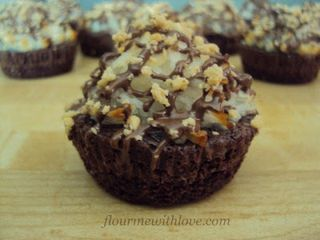 Almond Joy Brownie Bites 017