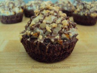 Almond Joy Brownie Bites 017
