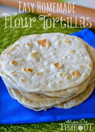 Easy Homemade Flour Tortillas Recipe from Mom on Timeout | Cinco de Mayo Recipe Round-Up | Gooseberry Patch