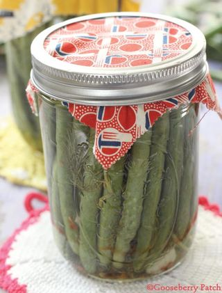 Aunt Ruths Dilly Beans | Gooseberry Patch Canning Recipe Round Up