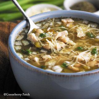 Gooseberry Patch White Bean Chicken Chili Recipe