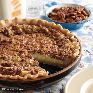Gooseberry Patch Pecan Cheesecake Pie Recipe