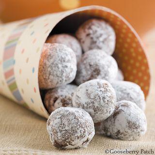 Gooseberry Patch Chocolate-Orange Snowballs Recipe