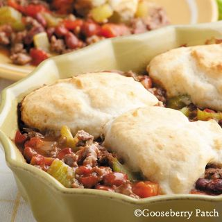 Gooseberry Patch Chili & Biscuits Recipe