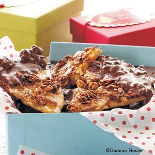 Gooseberry Patch Chocolate Granola Brittle Recipe