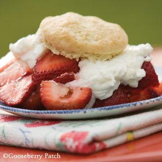 Gooseberry Patch Summertime Strawberry Shortcake Recipe