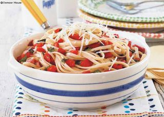 Gooseberry Patch Fresh Tomato & Basil Linguine Recipe