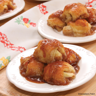 Sweet Mini Apple Dumplings | Easy Classic Casseroles from Gooseberry Patch