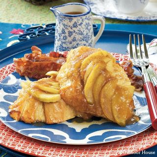 Gooseberry Patch Overnight Apple French Toast Recipe