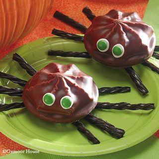 Marshmallow Cookie Spiders from Gooseberry Patch Halloween Cookbook